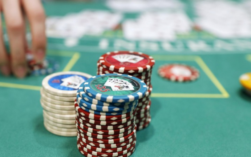 How to Successfully Play Online Slots
