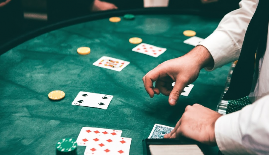 What are the reasons to choose online casinos?