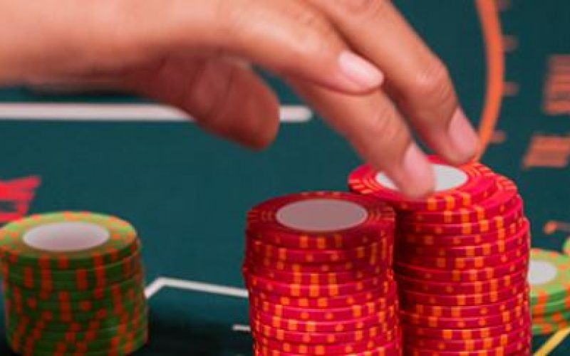 Play Baccarat Online Anytime Anywhere